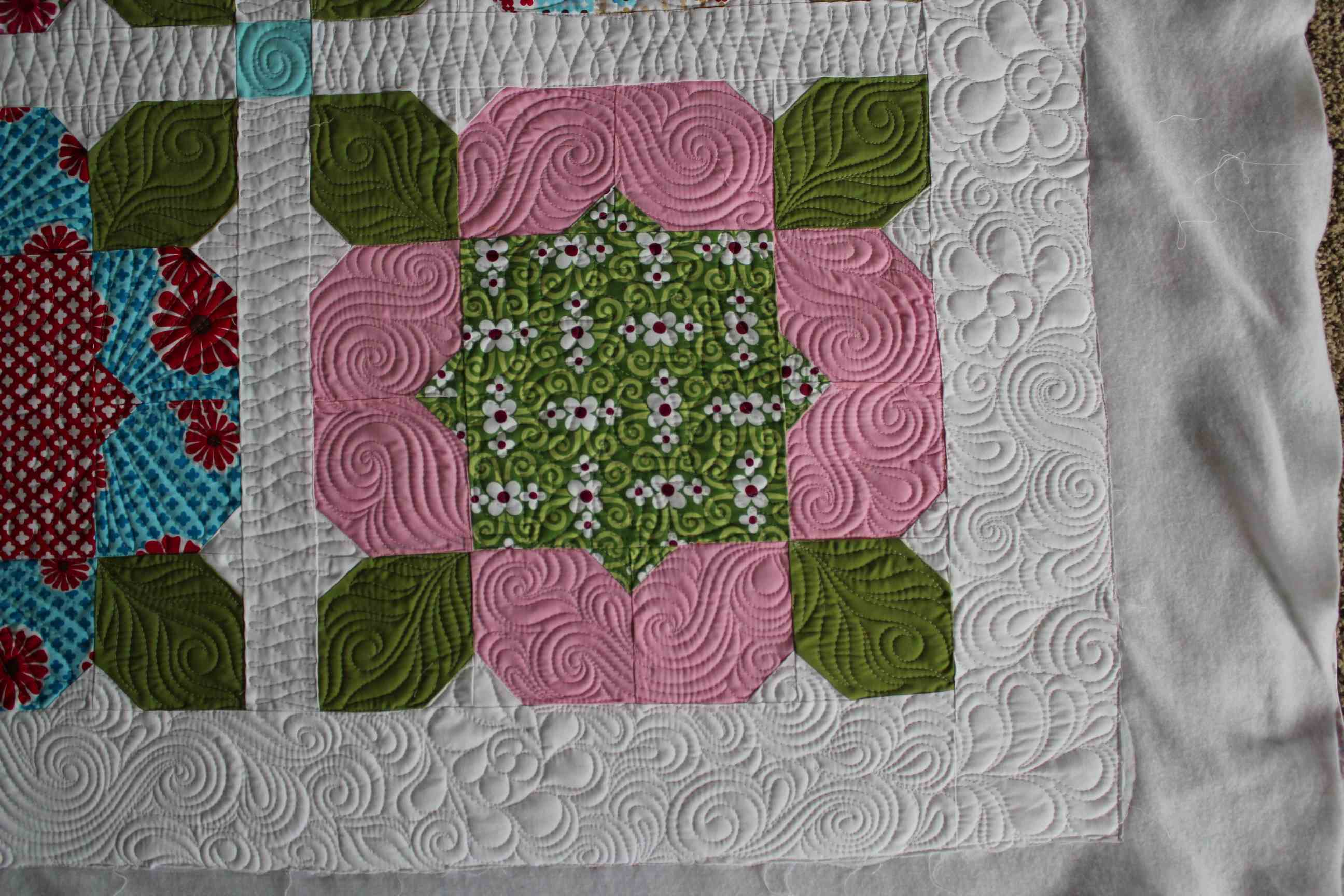Quilting Designs Sashing : Quilting Is My Therapy Pop Posies Quilt - Quilting Is My Therapy