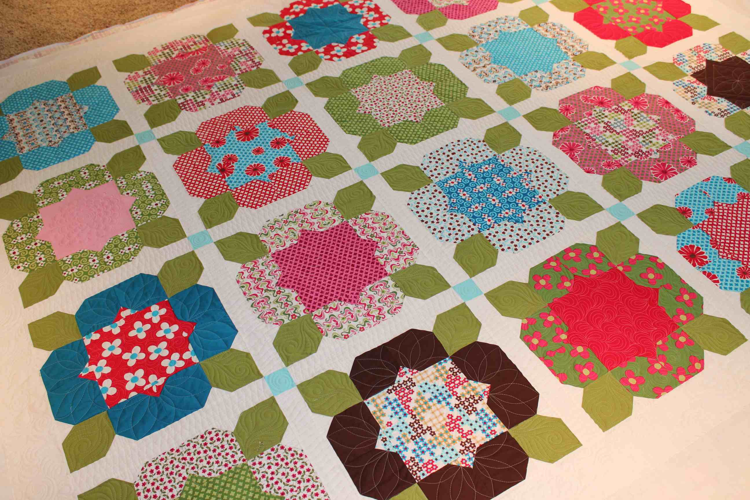 Quilting Is My Therapy Pop Posies Quilt - Quilting Is My Therapy : quilting flowers - Adamdwight.com