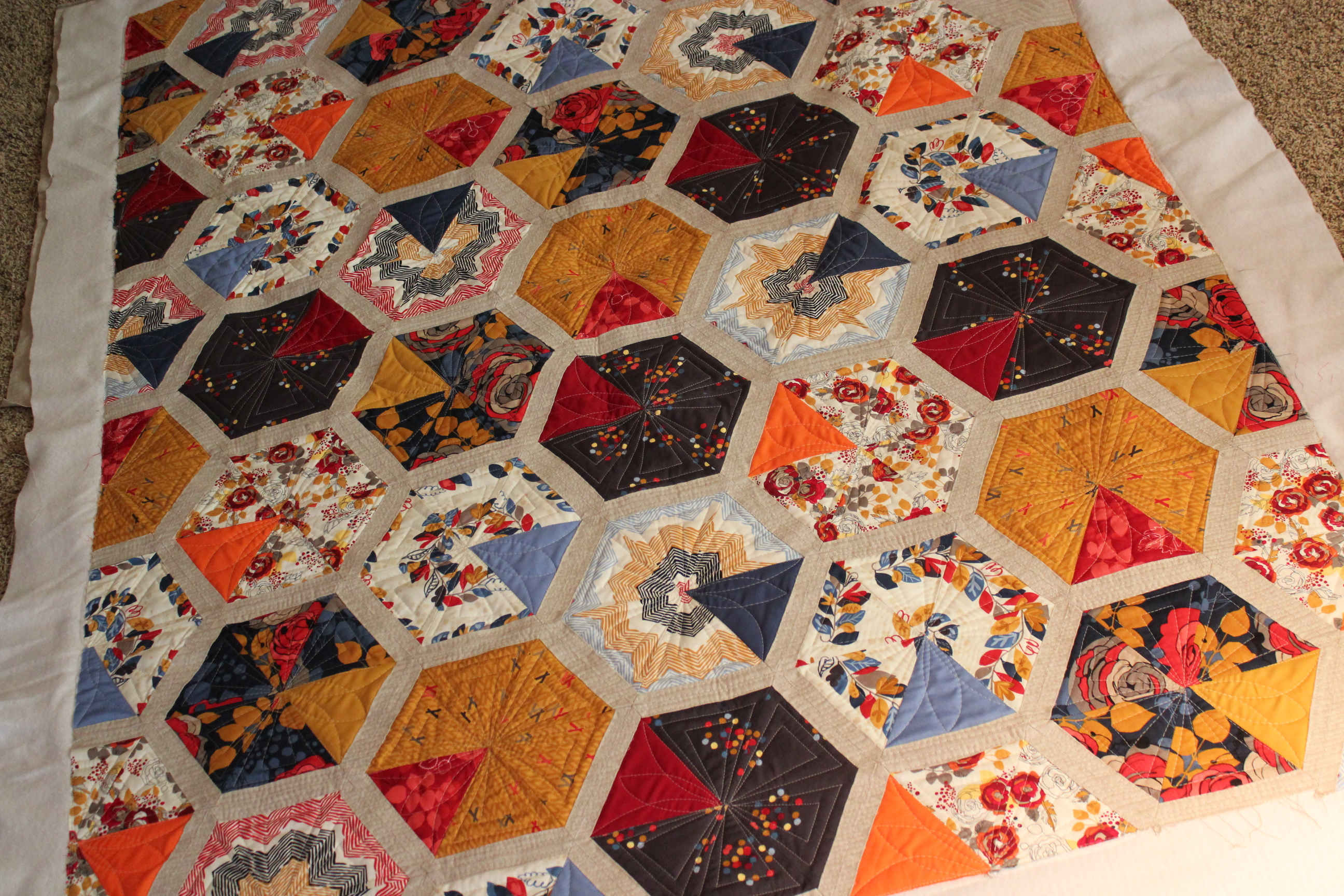 Free Quilt Pattern For Hexagon : Quilting Is My Therapy Fast and Fun - Quilting Is My Therapy
