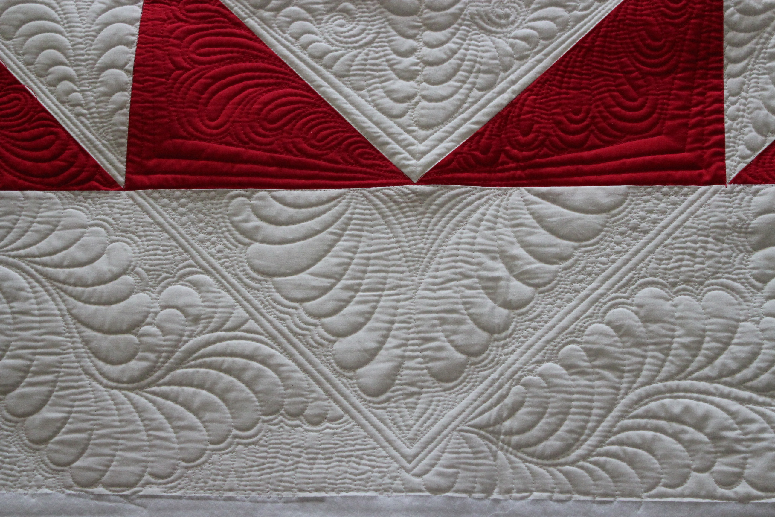 Quilting Is My Therapy Feather Quilting Designs Quilting