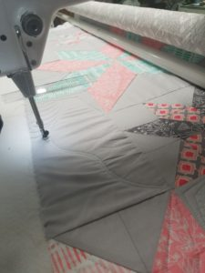 feather quilting design