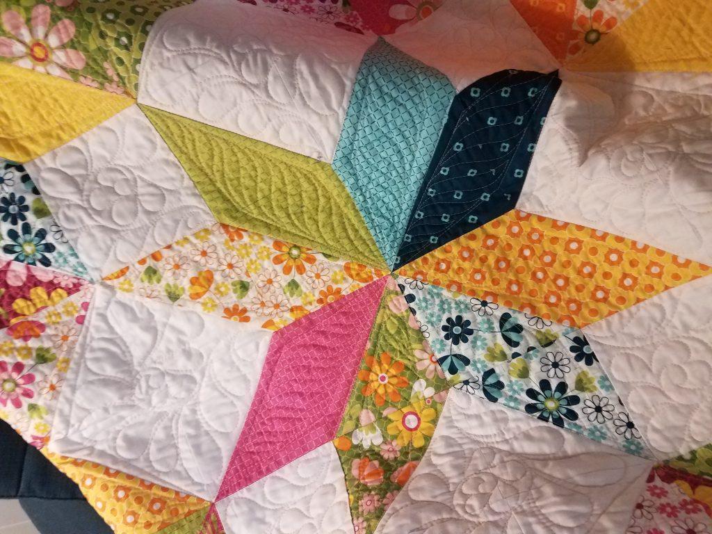 Carpenter S Star Free Quilt Pattern Midnight Quilt Show