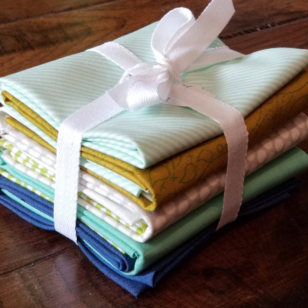 fat quarter bundle for stash busting quilt